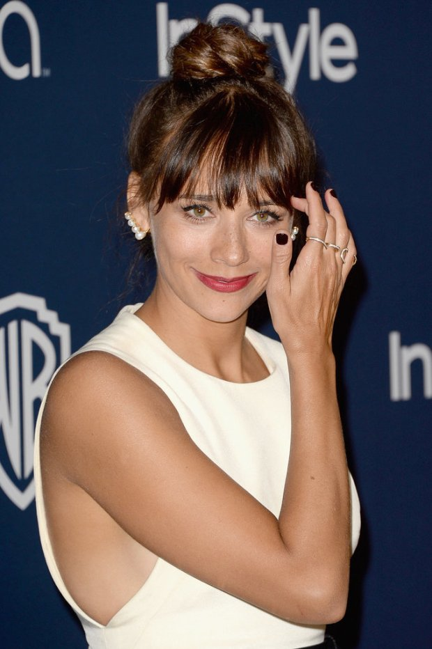 Rashida-Jones-ear-cuffs
